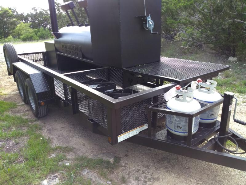 Bigfoot Smoker with Cabinet 30x72 c
