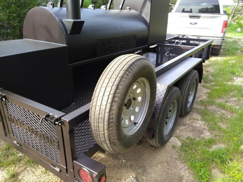Bigfoot Smoker with Cabinet 30x72 d.